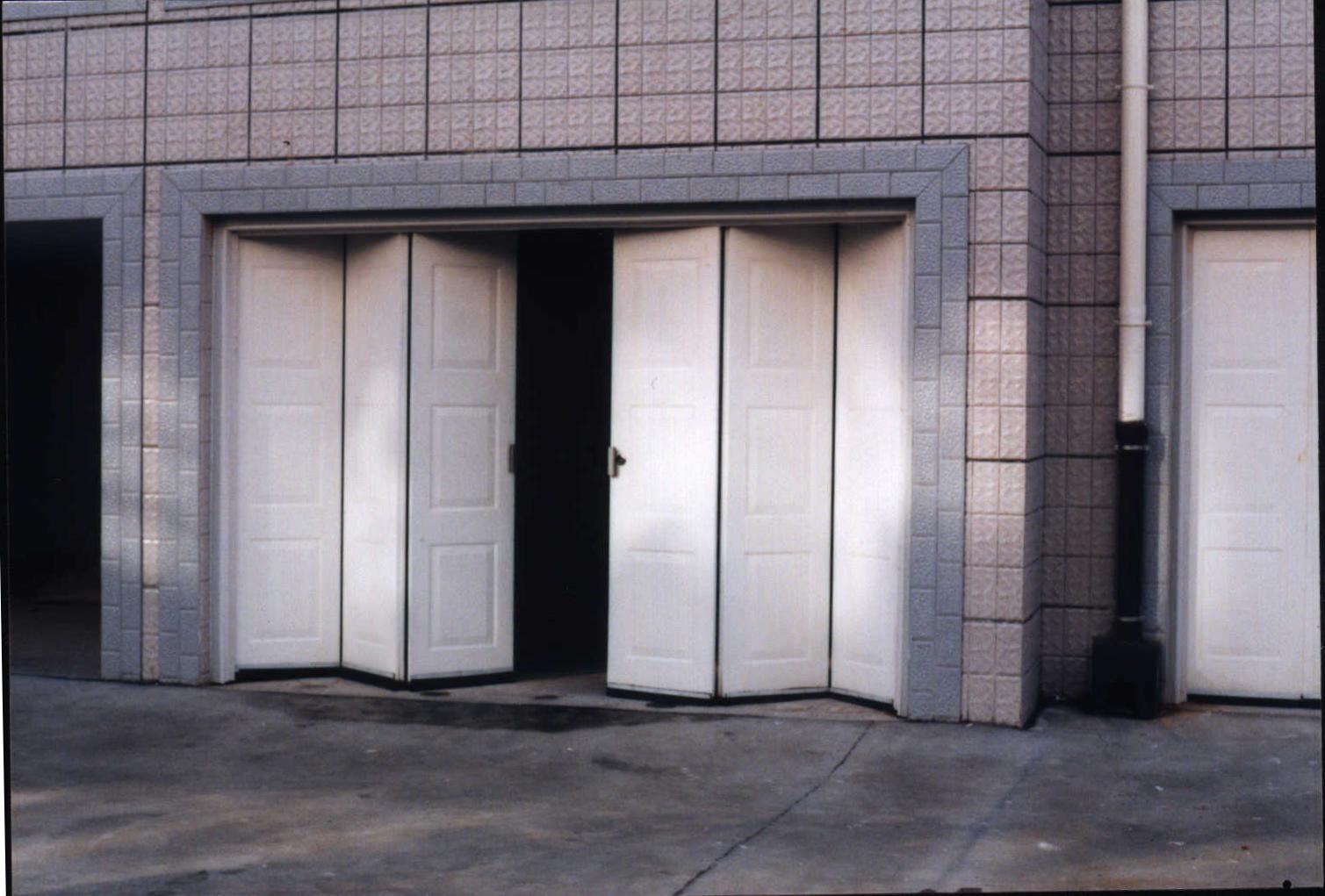 装置工业平开门